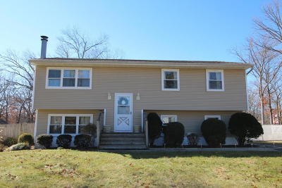 Manchester Single Family Home Under Contract: 301 Hemlock Lane