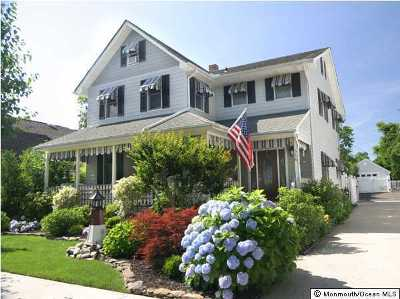 Monmouth County Single Family Home For Sale: 516 Brighton Avenue #W/POOL