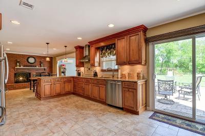 Marlboro Single Family Home For Sale: 4 Taylor Road