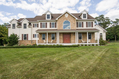 Millstone Single Family Home For Sale: 324 Sweetmans Lane