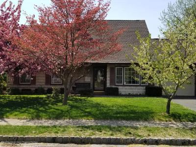 Hazlet Single Family Home Under Contract: 14 Region Drive