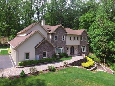 Holmdel Single Family Home For Sale: 34 Roberts Road