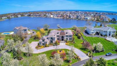 Monmouth County Single Family Home For Sale: 13 Oyster Bay Drive