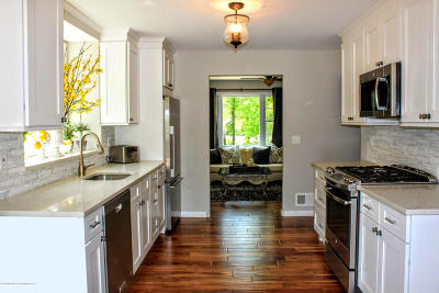 Freehold Single Family Home For Sale: 391 Monmouth Road