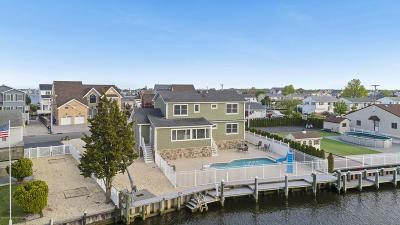 Toms River Single Family Home For Sale: 18 Bahama Avenue