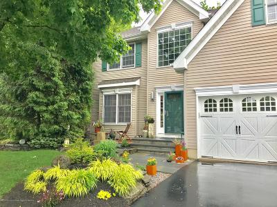 Red Bank Single Family Home For Sale: 22 Windward Way