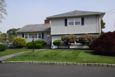Point Pleasant Single Family Home Under Contract: 2000 Kilkare Parkway