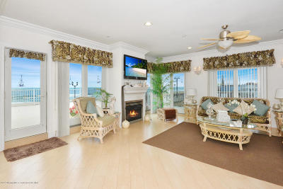 Seaside Heights Condo/Townhouse For Sale: 1501 Ocean Avenue #G