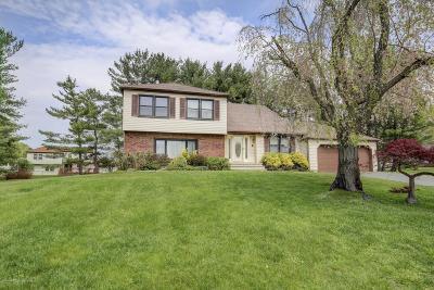 Marlboro Single Family Home For Sale: 8 Citation Court