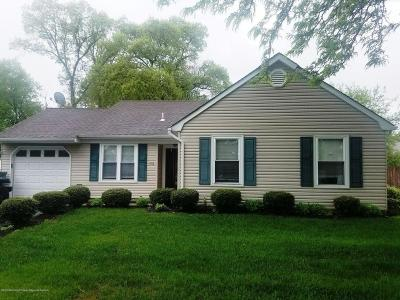Ocean County Single Family Home For Sale: 102 Shining Way