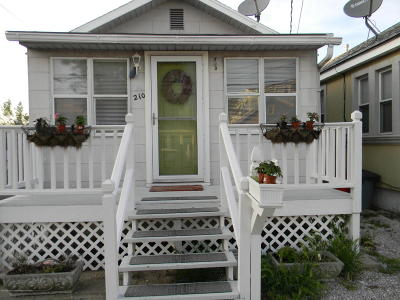 Seaside Heights NJ Single Family Home For Sale: $224,000