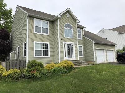 Ocean County Single Family Home For Sale: 11 Herkimer Court