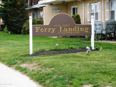 Monmouth County Condo/Townhouse For Sale: 321-323 Shore Drive #26