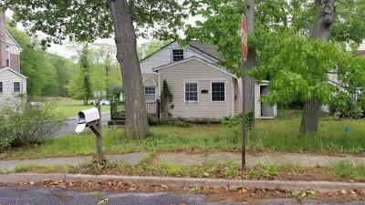 Monmouth County Single Family Home For Sale: 31 Wicker Place
