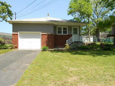 Toms River Single Family Home For Sale: 617 Dale Drive