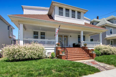 Belmar Single Family Home For Sale: 212 Fourth Avenue