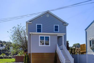 Atlantic Highlands, Highlands Single Family Home For Sale: 9 Center Street