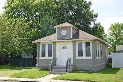 Middletown Single Family Home For Sale: 358 Port Monmouth Road