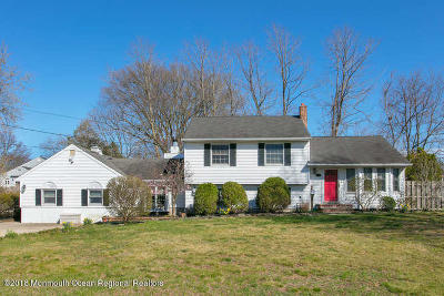 Middletown Single Family Home For Sale: 64 Pedee Place