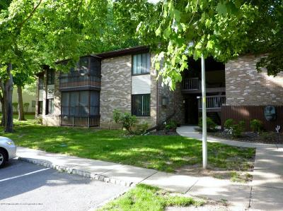 Manalapan Adult Community Under Contract: 122 Amberly Drive #G
