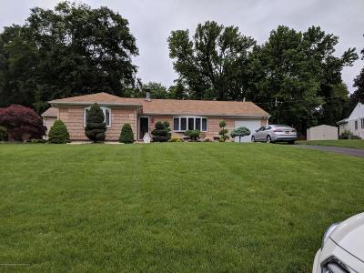 Aberdeen, Matawan Single Family Home For Sale: 7 Woodbrook Drive