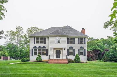 Eatontown Single Family Home For Sale: 14 Sherwood Drive