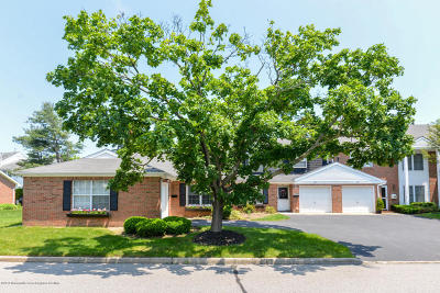 Spring Lake Condo/Townhouse For Sale: 28 Dogwood Drive