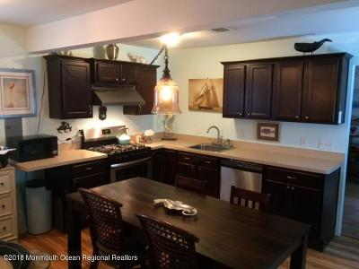 Single Family Home For Sale: 3406 W Bangs Avenue