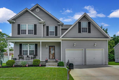 Beachwood Single Family Home Under Contract: 825 Cranberry Road