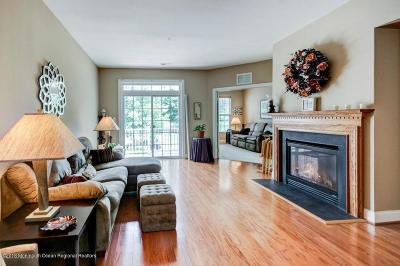 Middletown Condo/Townhouse Under Contract: 1002 Abby Road
