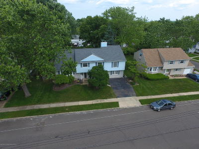 Hazlet Single Family Home For Sale: 13 Hazel Place