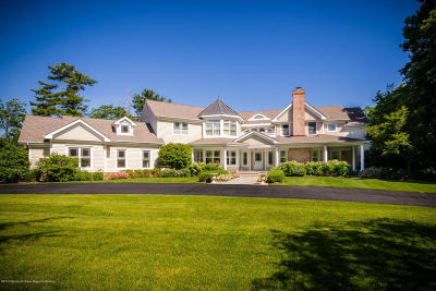 Rumson Single Family Home For Sale: 90 Rumson Road