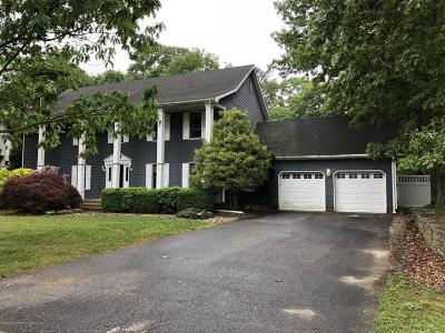 Brick Single Family Home Under Contract: 771 Tall Oaks Drive