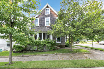 Island Heights Single Family Home For Sale: 28 Ocean Avenue
