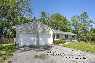 Toms River Single Family Home For Sale: 3116 Adams Avenue