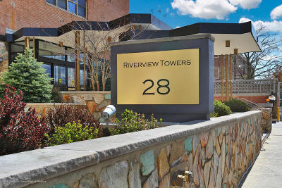 Red Bank Condo/Townhouse For Sale: 28 Riverside Avenue #3C