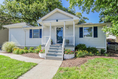 Brick Single Family Home For Sale: 2 Adair Drive