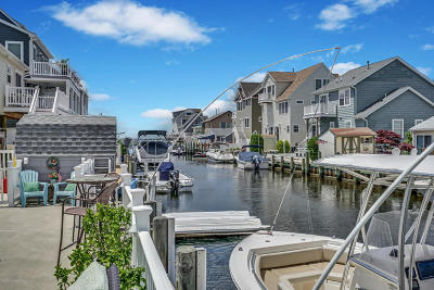 Lavallette NJ Single Family Home For Sale: $749,000