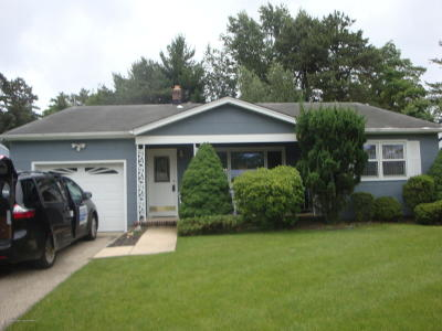Silveridge Westerly, Silver Ridge Park Westerly Adult Community Under Contract: 5 Crescent Drive