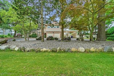 Brick Single Family Home For Sale: 445 Princeton Avenue