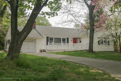 Middletown Single Family Home For Sale: 2 Corn Lane
