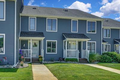 Point Pleasant Condo/Townhouse For Sale: 2410 Sylvan Drive #5