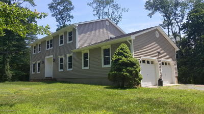 Millstone Single Family Home For Sale: 297 Sweetmans Lane
