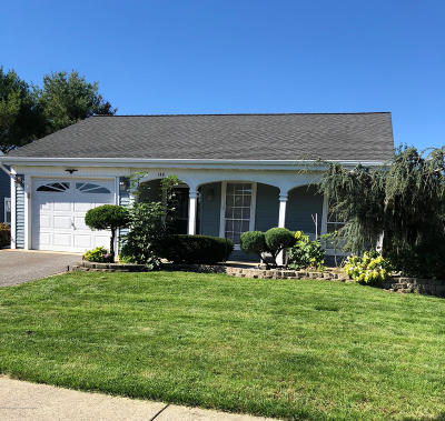 Leisure Knoll Adult Community Under Contract: 148 Buckingham Drive