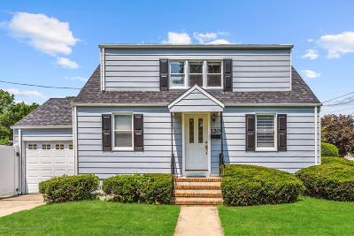 Monmouth County Single Family Home For Sale: 1205 Evergreen Avenue