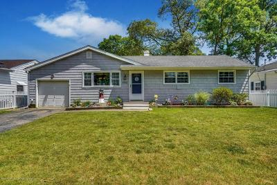 Point Pleasant Single Family Home For Sale: 1512 Fernwood Avenue