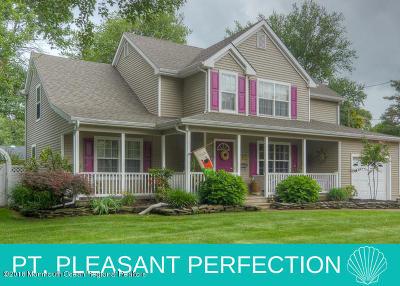 Point Pleasant Single Family Home For Sale: 2904 Alfaretta Place