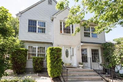 Freehold Single Family Home For Sale: 34 Reid Way