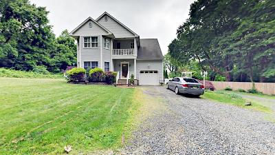 Brielle Single Family Home For Sale: 800 1/2 Schoolhouse Road