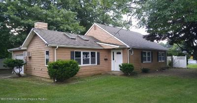 Eatontown Single Family Home For Sale: 28 Watson Place